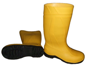 PVC Rain Boots with Steel pictures & photos