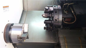 China Slant Bed CNC Machine HTC40/Ck6440 with C Axis pictures & photos