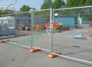 Galvanized Temporary Fencing Form China pictures & photos