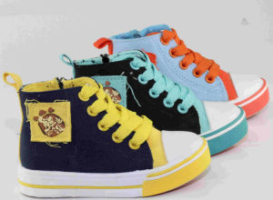 2016 Colorful Kid/Baby Fashion Canvas Shoes pictures & photos