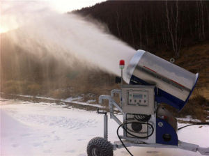 Artificial Snow Equipment/Flake Ice Maker pictures & photos