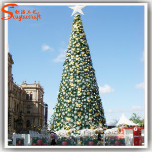 6ft of Artificial Decoration Ornament Christmas Tree pictures & photos