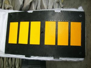 Grade One 500*900*50mm Rubber Speed Hump with CE pictures & photos