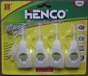 8g Super Glue in Plastic Bottle for Banner pictures & photos