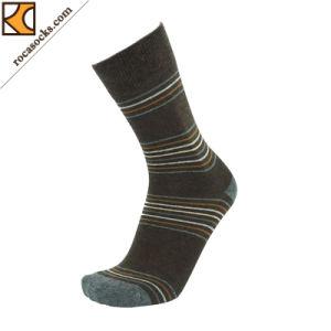 Men′s Flat Striped Dress Cotton Socks (163016SK) pictures & photos