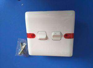 13A ABS Shell Copper with Light Wall Switch (W-104) pictures & photos