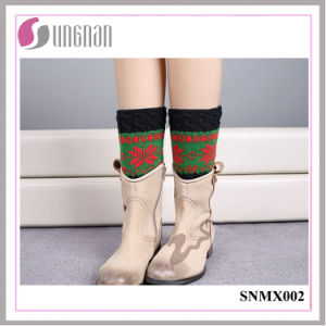 High Quality Christmas Snowflake Spelled Color Leg Warmers Knitted Socks pictures & photos