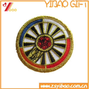 Best Sale Fashionable Exquisite Gold Metallic Thread Embroidered Patches pictures & photos