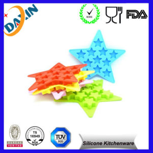 FDA/LFGB Star Shape OEM/ODM Silicone Ice Cube Trays/Chocolate Moulds pictures & photos