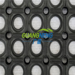 Anti-Fatigue Kitchen Rubber Flooring, Bathroom Antibacterial Floor Mat, High Quality Permeable Rubber Matting pictures & photos