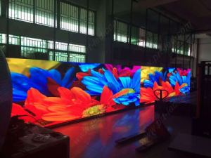 Super Light Die-Cast LED Display Panel for Indoor P3.91mm (500*500mm board) pictures & photos