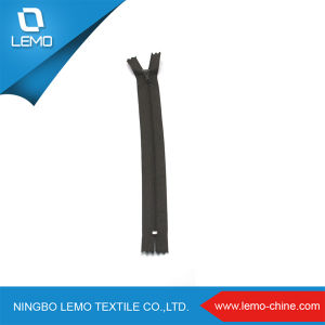 3# High Strength Nylon Zipper with Metal Close End pictures & photos