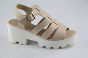 Platform Beige PU Women Fashion Sandal for Summer pictures & photos