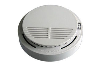 DC 12V Wired Smoke Detector for Fire Security pictures & photos