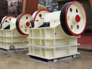 PE250*400 Stone/Stock Jaw Crusher with Diesel Engine pictures & photos