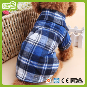 Fashion Comfortable Chequer Pet Sweater Clothing (HN-PC727) pictures & photos