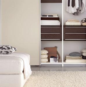 Wood Veneer Walk in Closet (ZH0007) pictures & photos