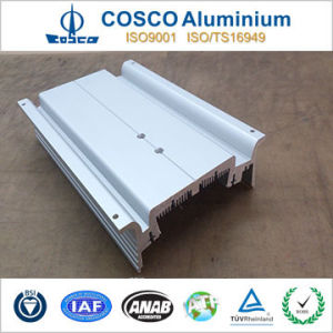 Customized Aluminium Extruded Extrusion with CNC Machining (ISO9001 certificated) pictures & photos