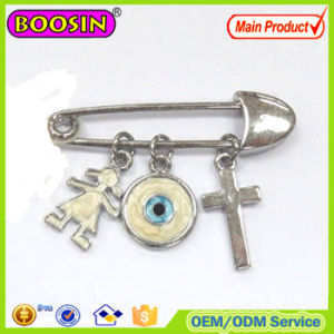 Fashion Jewelry Metal Chain Cross Evil Eye Boy Silver Brooch pictures & photos