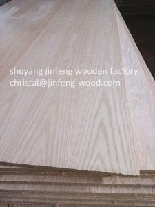 SGS High Quality 1220*2440mm Red Oak Veneer MDF pictures & photos