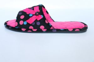 Velour with Print for Women′s Warm Indoor Slipper pictures & photos