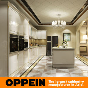 Oppein White Wood Veneer Lacquer Finish Kitchen Cabinet with Island pictures & photos