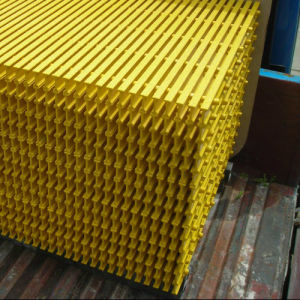 FRP Grating, Pultruded Grating and FRP Pultrusion&Pultrded Profile Steel Bar Grating pictures & photos
