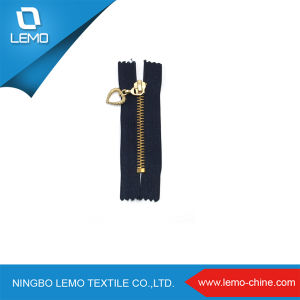 Popular Gold Zipper 3# Metal Zipper for Garment pictures & photos