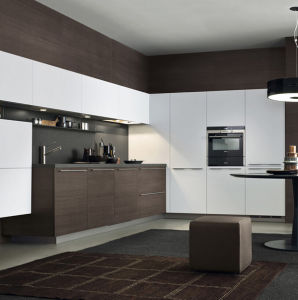 Modern Design Mix Color Kitchen Cabinet pictures & photos