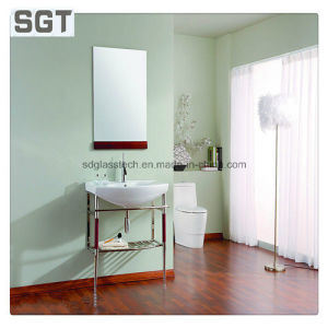 2mm-5mm Silver Glass Safety Beveled Mirrors with Silver Backed pictures & photos