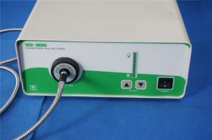 Optical Fiber Xenon Illuminator with Breast Retractor pictures & photos