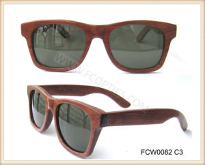 Handmade Fashion Real Wooden Sunglasses pictures & photos