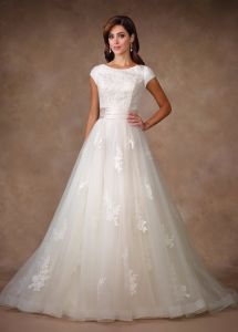 A-Line Lace Bridal Gowns Tulle Beaded Custom 2018 Wedding Dresses Z7027 pictures & photos