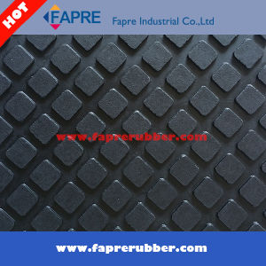 High Quality Hexagon Cow/Horse Stable Mat pictures & photos
