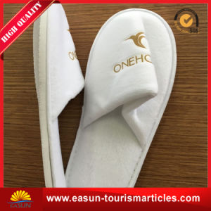 Good Quality Folding Travel Airline Slippers with Pouch pictures & photos
