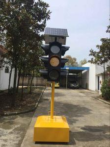 EU Standard Solar Powered Yellow Flashing Traffic Warning Light pictures & photos