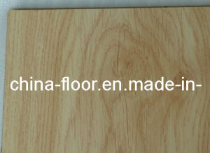 Timber Laminate Flooring (DESIGN 32) pictures & photos