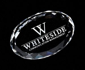Faceted Oval Crystal Paperweight pictures & photos
