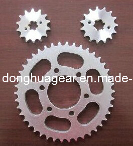 Motorcycle Sprocket (428 420 520) pictures & photos