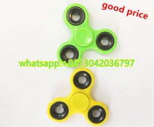 2017 Hot Selling Adult Relieve Stress Finger Hand Fidget Spinner pictures & photos