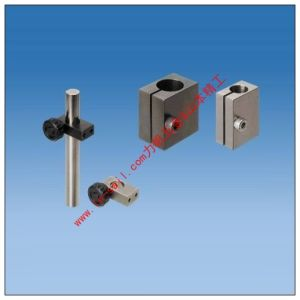 Single Shaft Strut Clamps with Vertical Tapped Holes pictures & photos