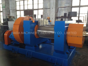 Xkp-400, 450, 560 Two Roll Rubber Shredder Crusher Grinder Crushing Mill Waste Tire Recycling Machine pictures & photos