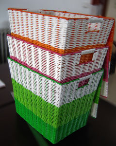 Handmade Plastic Woven Basket pictures & photos