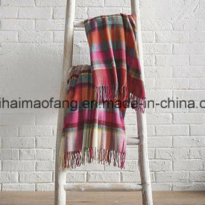 Woven Check Pure Virgin Wool Fringed Throw pictures & photos