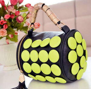 Wholesale Young Girl Samll Bag with Strap Leather Bag pictures & photos