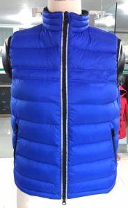 Winter/Autumn Waistcoat Duck Down Keep Warm Vest pictures & photos