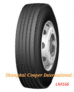 Hot Sale Chinese Drive Radial Truck Tyre (700R16 LM166) pictures & photos