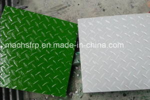 Gritted Covered FRP/Fiberglass Grating/Checker Plate for Water Drainage pictures & photos