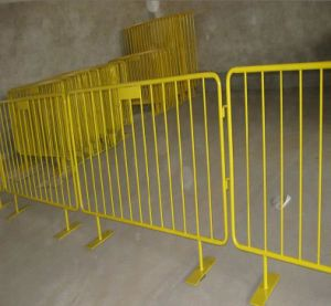 Galvanized Temporary Barricade Mesh Fence/Metal Crowd Control Barrier pictures & photos