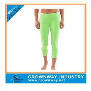 Tight Woman Polyester Spandex Yoga Capri Pants with High Quality pictures & photos